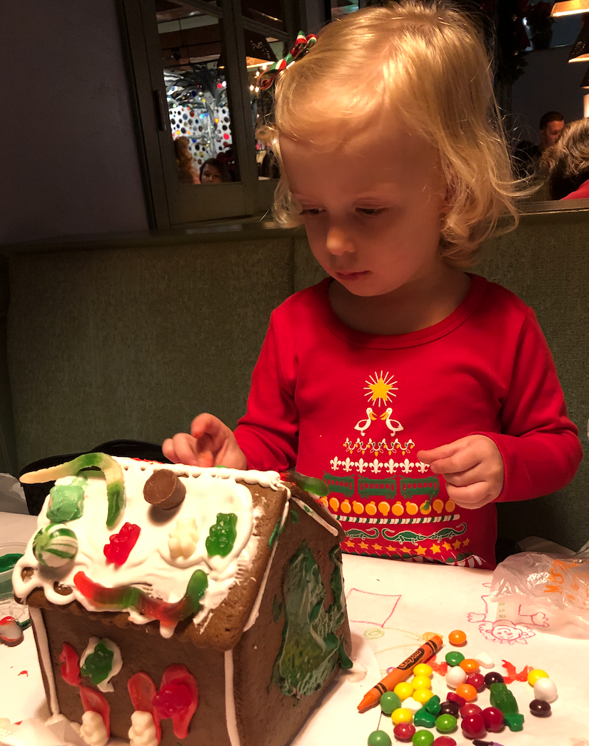 Promotion for Annual Gingerbread House Building Workshop